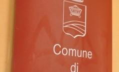 """Registri nel giardino della scuola """"Pascoli"""", la replica del Comune di Cascina"""