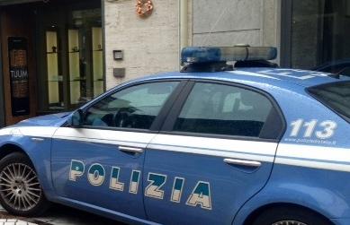 Cronaca Pisa: rapina armata alla gioielleria di Via Battelli