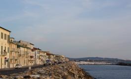 Litorale, prorogata l'ordinanza di pedonalizzazione del lungomare a Marina di Pisa
