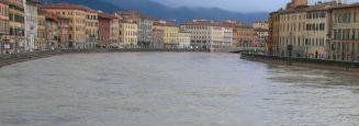 Arno in piena, Ghezzi: «Non ci sono finora condizioni di particolare criticità»