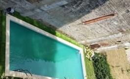 Pisa, la piscina abusiva lungo le Mura sarà demolita