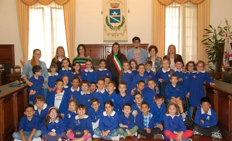 """La canzone degli alunni della scuola primaria """"Don Gnocchi"""" di San Lorenzo alle Corti al Festival della canzone europea dei bambini"""