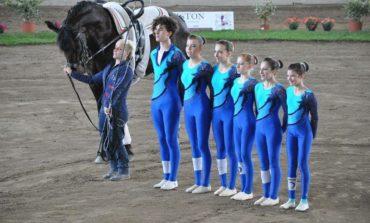 A lezione di volteggio equestre con atleti dell nazionale italiana