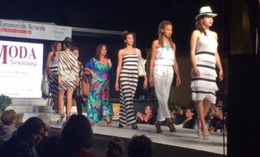 IL CENTRO SFILA A SAN GIULIANO: Sfilata di moda del Centro Commerciale Naturale