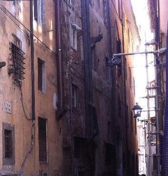 Pisa, parte la riqualificazione di vicolo del Vigna
