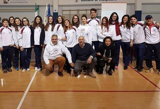Le ragazze della Atletica Cascina in finale agli assoluti per società di Orvieto