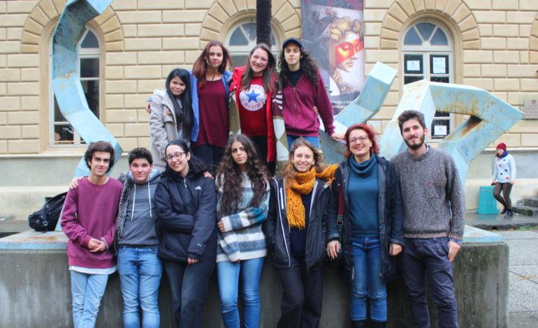 Studenti del Liceo Russoli espongono al mercato Paparelli nel segno del grande Escher