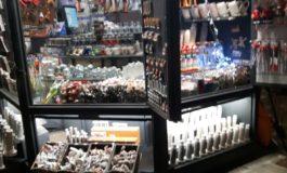 Pisa, edicola trasformata in negozio di souvenir: 1000 euro di multa