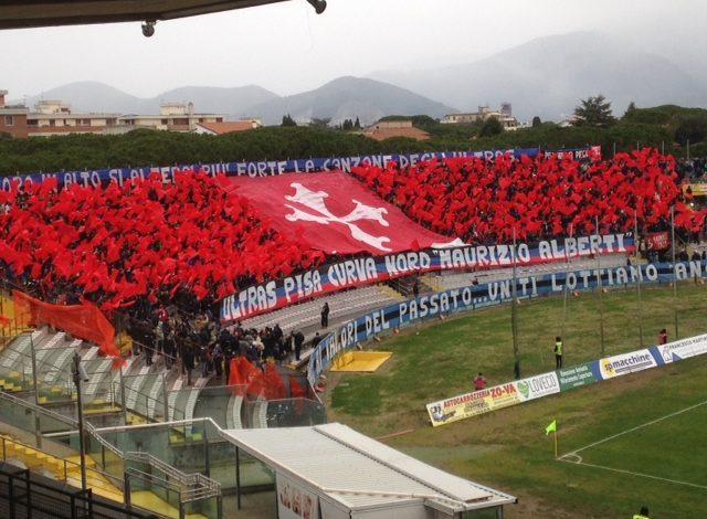 Delusione derby: la Lucchese vince all'Arena Garibaldi con rete di Cecchini