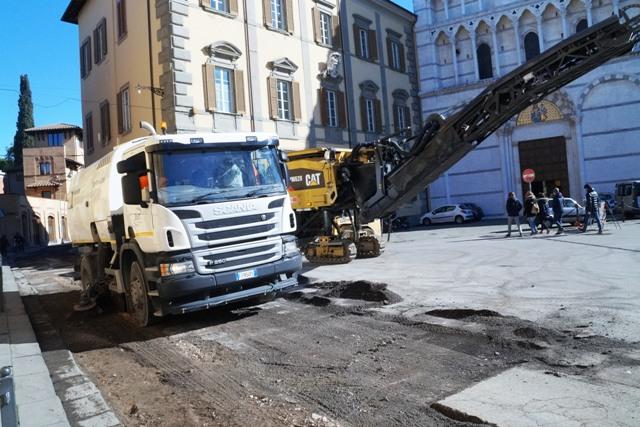 Pisa, in corso la riasfaltatura di via San Zeno
