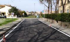 Pisa, riasfaltature nei quartieri, in via Basilicata nuovo manto e attraversamento rialzato