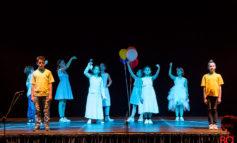"""""""Felici e Contenti"""" in scena il Saggio Spettacolo Scuola Primaria 'Arcobaleno della Pace' di La Rotta (Pi)"""