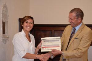 Lucia Arcarisi (Palpreast) premiata dal prof. Leonardo Bertini