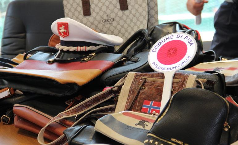 Pisa, prosegue l'operazione commercio sicuro: sequestri di merce contraffatta