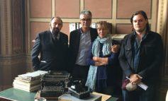 """L'assessore Buscemi incontra i produttori del film """"Il Caso Collini"""" in occasione delle riprese all'interno del Comune"""