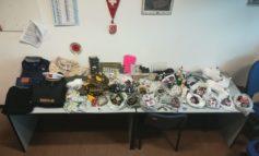 Pisa, la Polizia Municipale scopre attività di contraffazione in un appartamento del centro