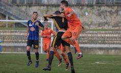 Pisa umiliato esce sconfitto dal derby in casa della Carrarese (4-1)