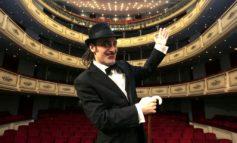 """Tonino Carotone con  """"Vita clandestina"""" al The Cage"""