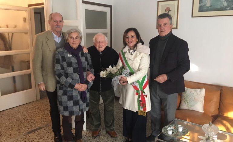 Pisa, 101 candeline per l'ex maresciallo Luigi Pasqui