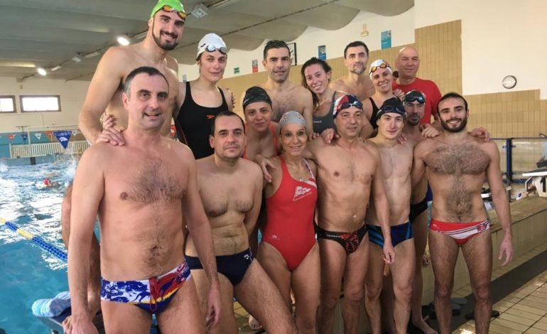 Nuoto Master, la Canottieri Arno seconda ai campionati regionali