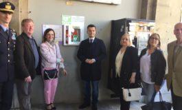 Pisa,  un defibrillatore sotto la torre dell'Orologio donato dalla 46° Brigata Aerea