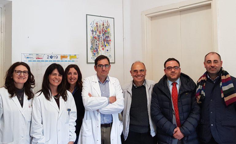 """Il ricavato del pranzo di beneficenza delle Associazioni """"Grazia Deledda"""", """"Lucani a Pisa"""" ed """"Esperia"""" donato alla clinica pediatrica di Pisa"""