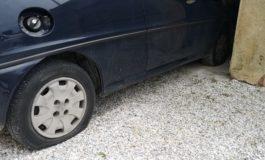 San Giuliano Terme, atto vandalico all'auto del candidato a sindaco Masini
