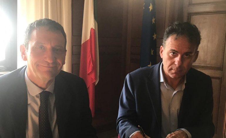"""Firmato in Prefettura il protocollo """"Scuole Sicure"""""""