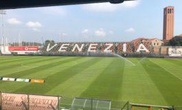 Il Pisa conquista un punto prezioso in casa del Venezia (1-1)
