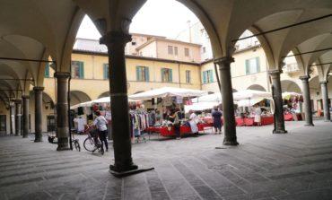 """Piazza Vettovaglie, Confcommercio: """" Basta sanzioni contro i locali"""""""