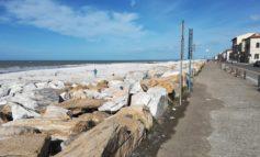 """Associazione La città ecologica: """"Le spiagge in ghiaia rispondono bene alla mareggiata"""""""