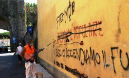 Scritte sui muri a Pisa, da San Zeno parte la sperimentazione con la vernice antigraffito