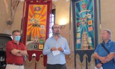 Gioco del Ponte, recuperati ed esposti in Comune gli stendardi del pittore Otto Pamio