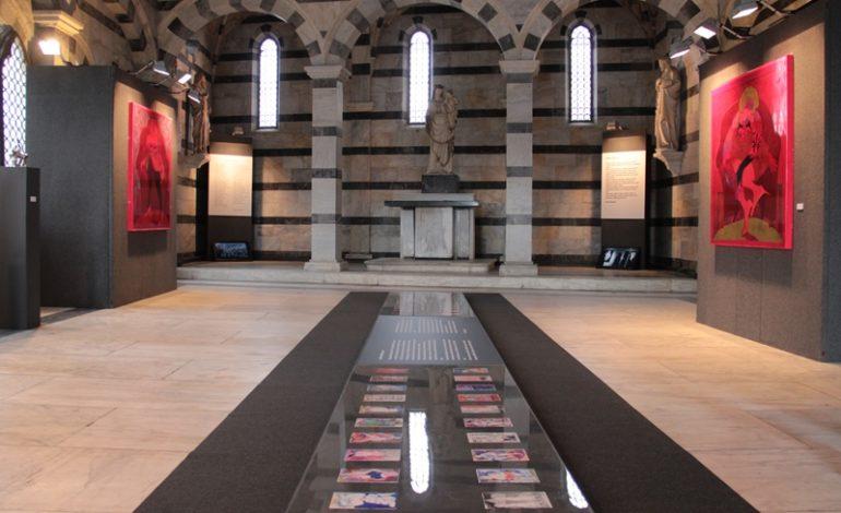 """""""Mastica e sputa"""": alla chiesa della Spina l'installazione pittorica di Giovanni Maranghi ispirata a De Andrè"""
