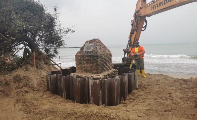 Salvato il cippo sulla spiaggia del Gombo