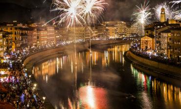 """Capodanno Pisano, la foto """"Mille luci"""" vince il contest fotografico"""