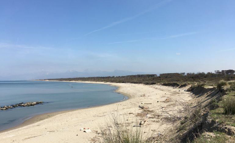 Erosione costa tra fiumi Arno e Magra: calcolato il deficit sedimentario degli ultimi 40 anni