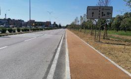 Terminato il marciapiede di via Cisanello a confine del Parco Urbano