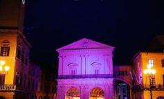 Logge dei Banchi illuminate di rosa per sostenere la lotta contro il cancro al seno
